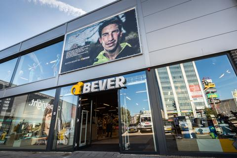 Van Bekijk Bever Winkels De Openingstijden 0gYT64qw