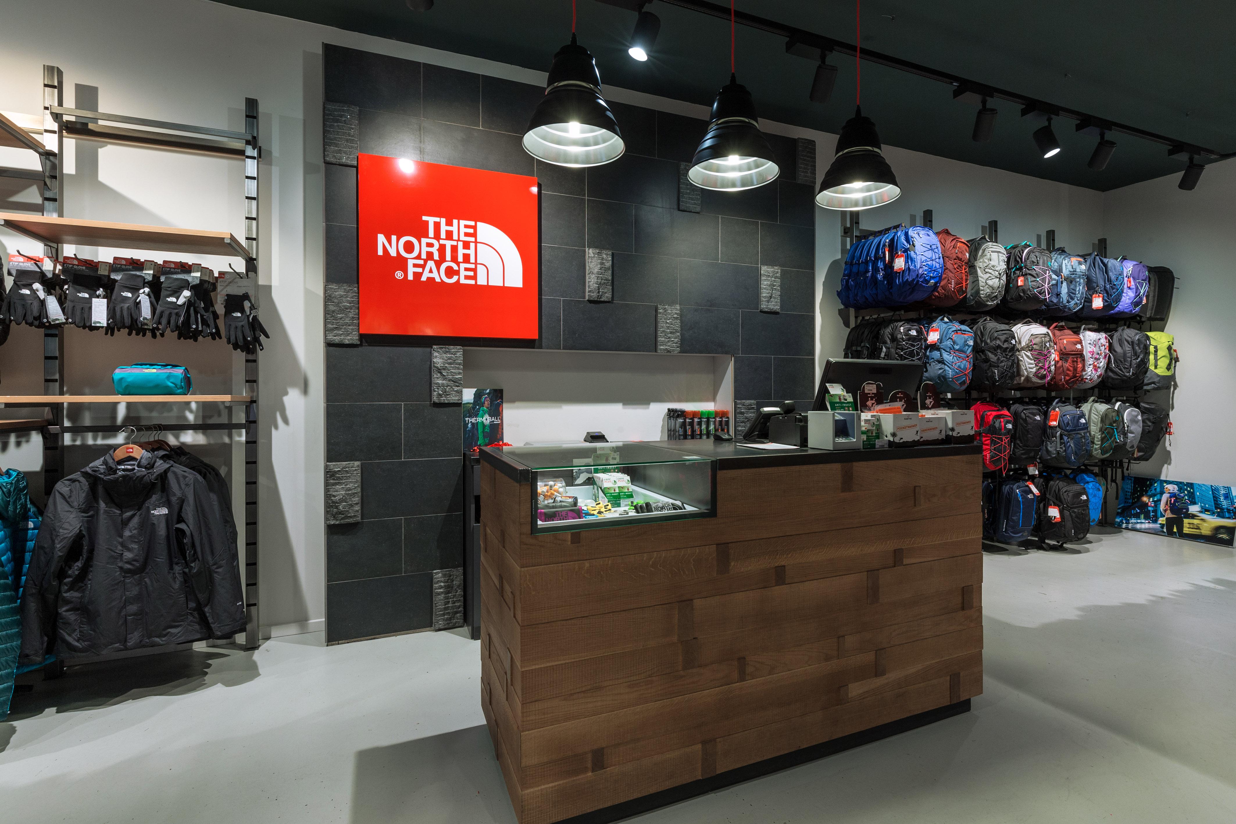 The north face store utrecht bekijk de openingstijden van the